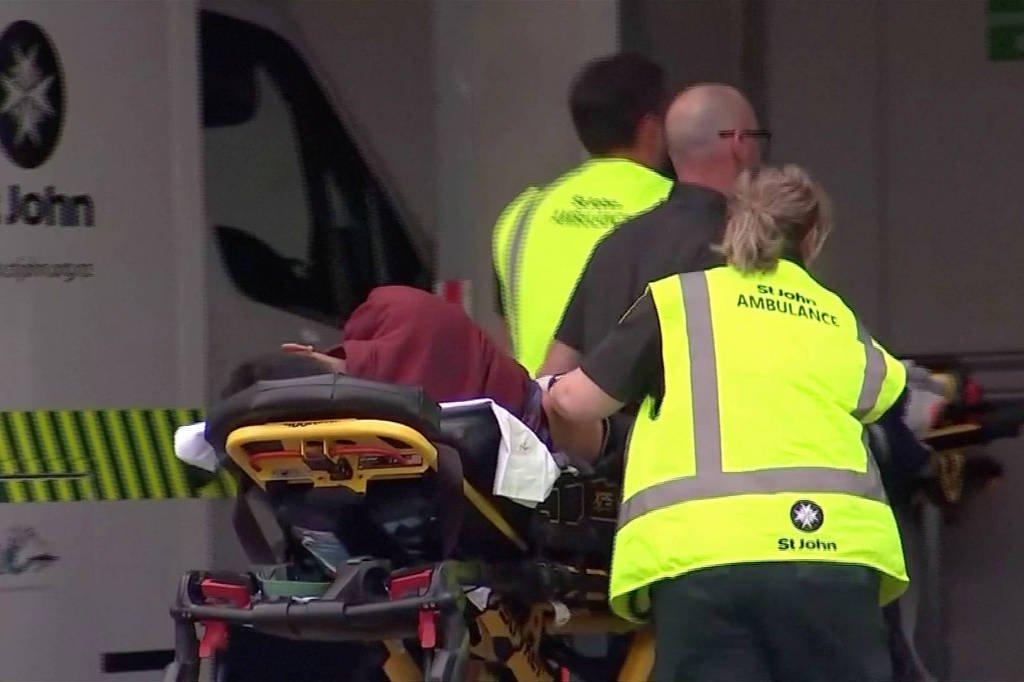 Ataque a tiros em mesquitas na Nova Zelândia deixa 49 mortos