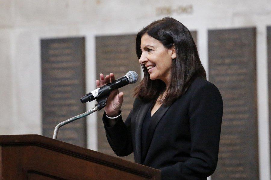 Prefeita de Paris confirma homenagem a Marielle
