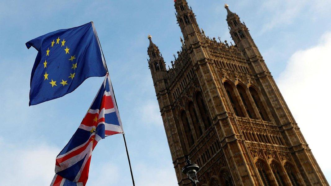Reino Unido aprova pedido de adiamento do Brexit e rejeita novo referendo