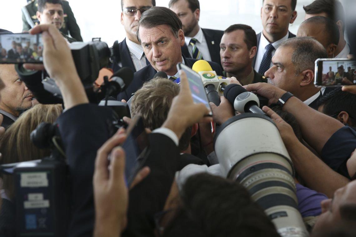 Bolsonaro fala sobre Suzano, sete horas após tragédia