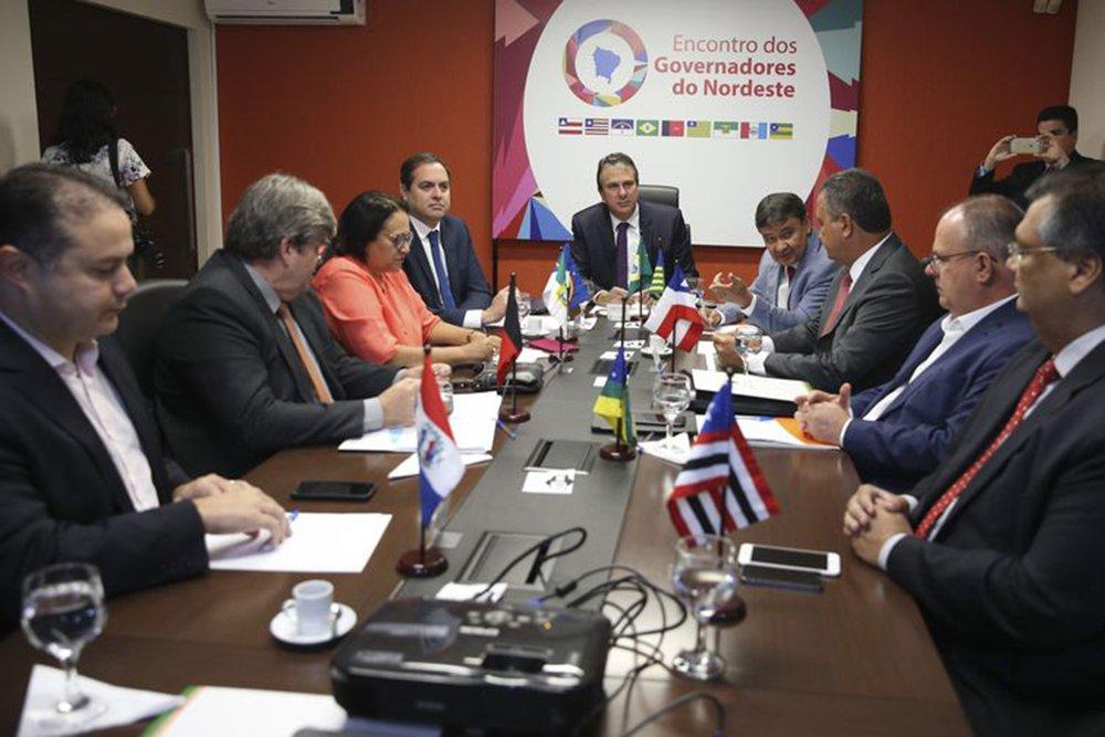 Governadores do Nordeste pautam as políticas corretas para o País, mantêm vanguarda e servem de contraponto a Bolsonaro