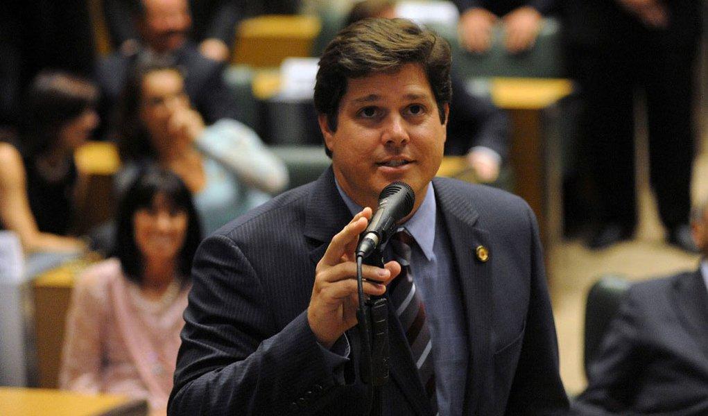 Para o PMDB-SP, PSDB leva vantagem com Serra