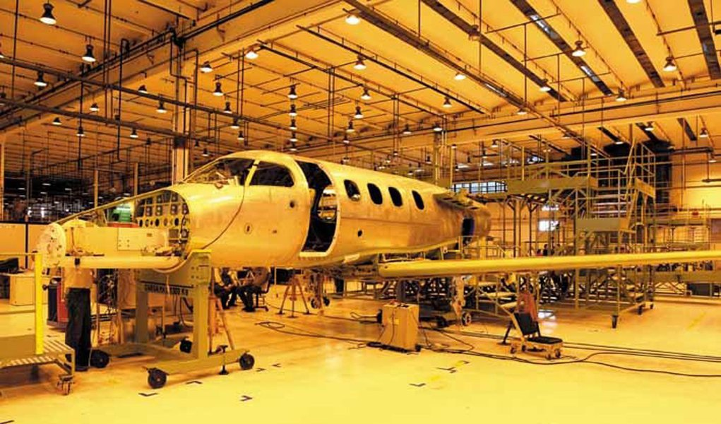 Embraer: divisão de defesa puxará crescimento em 2012