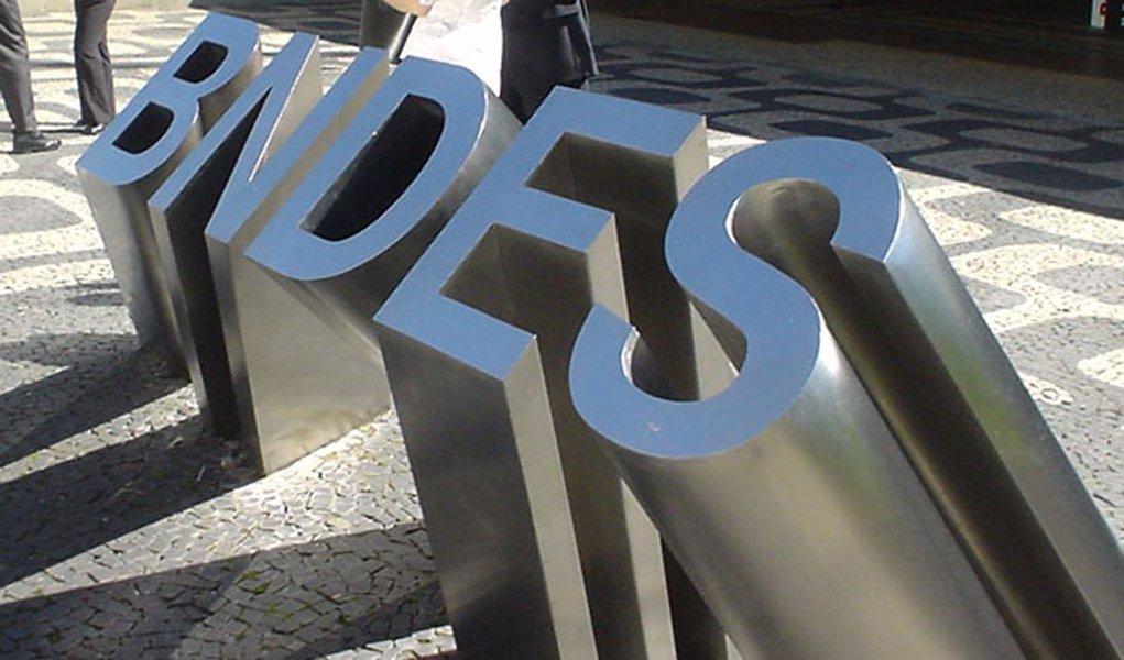 BNDES tem lucro de R$ 9 bilhões em 2011