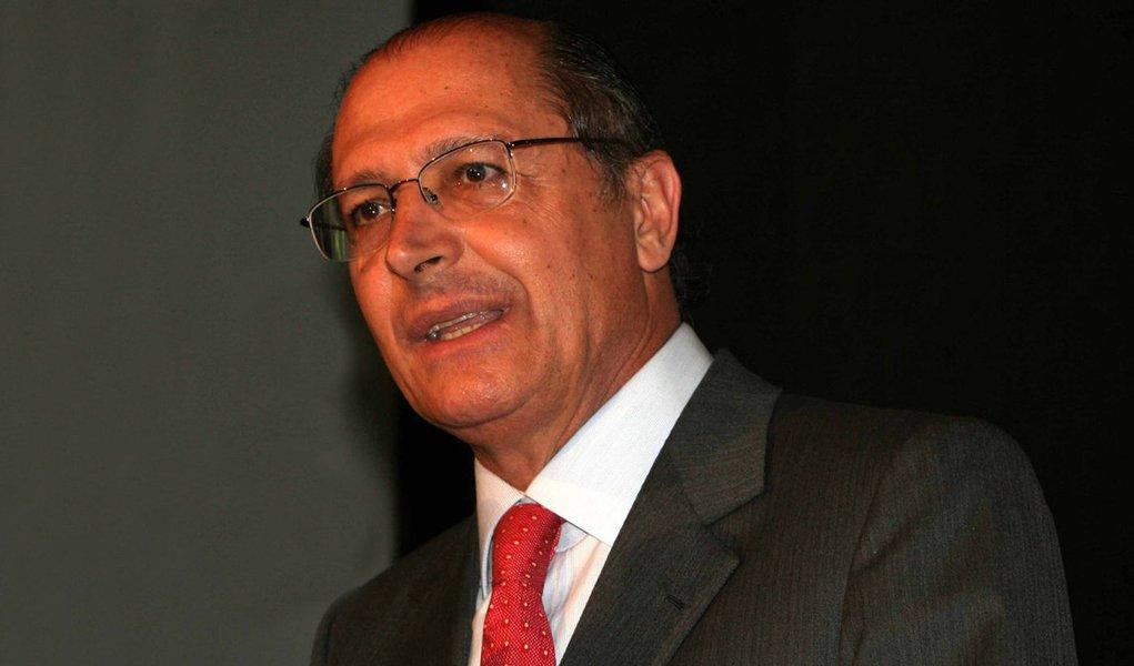 Mudança na data das prévias é irrelevante, diz Alckmin