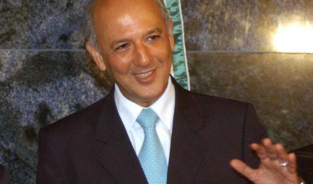 Justiça libera bens de José Roberto Arruda