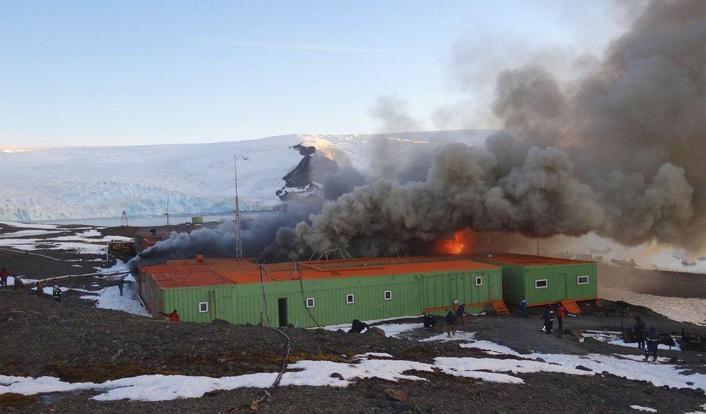 Incêndio comprometeu 40% do programa antártico brasileiro