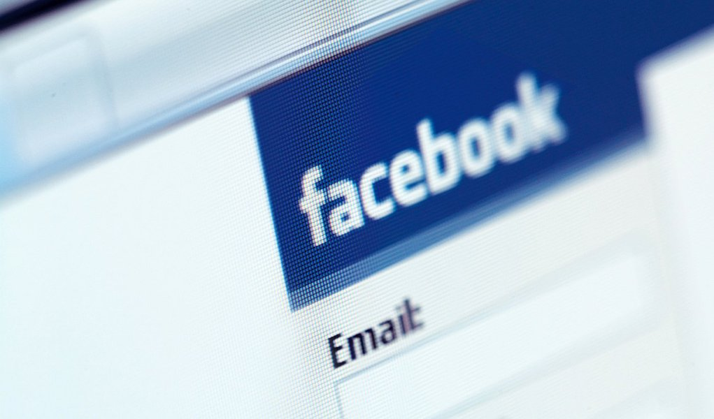 Imagens ofensivas invadem Facebook
