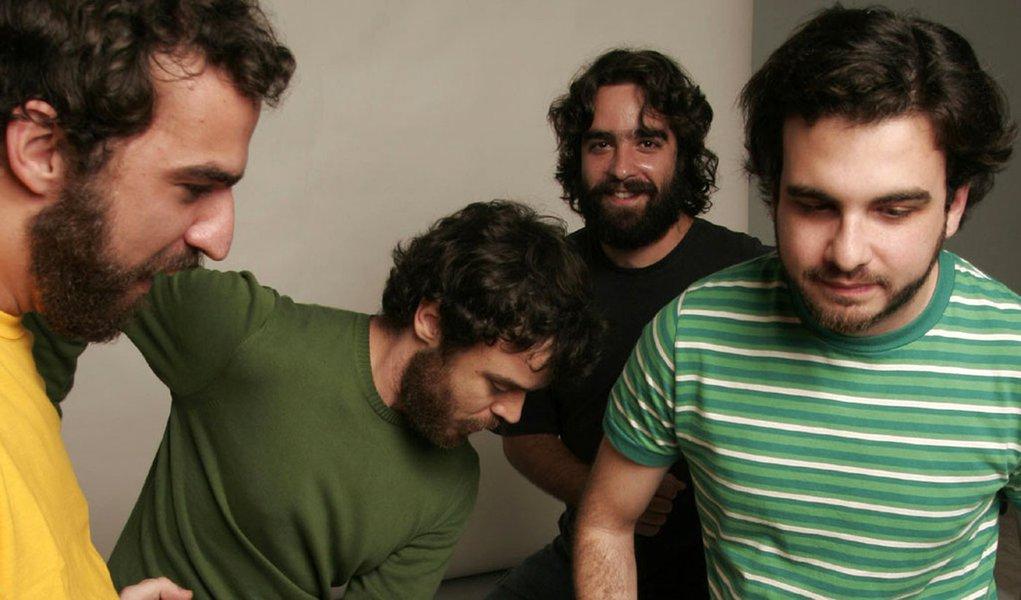 Los Hermanos anuncia turnê para 2012