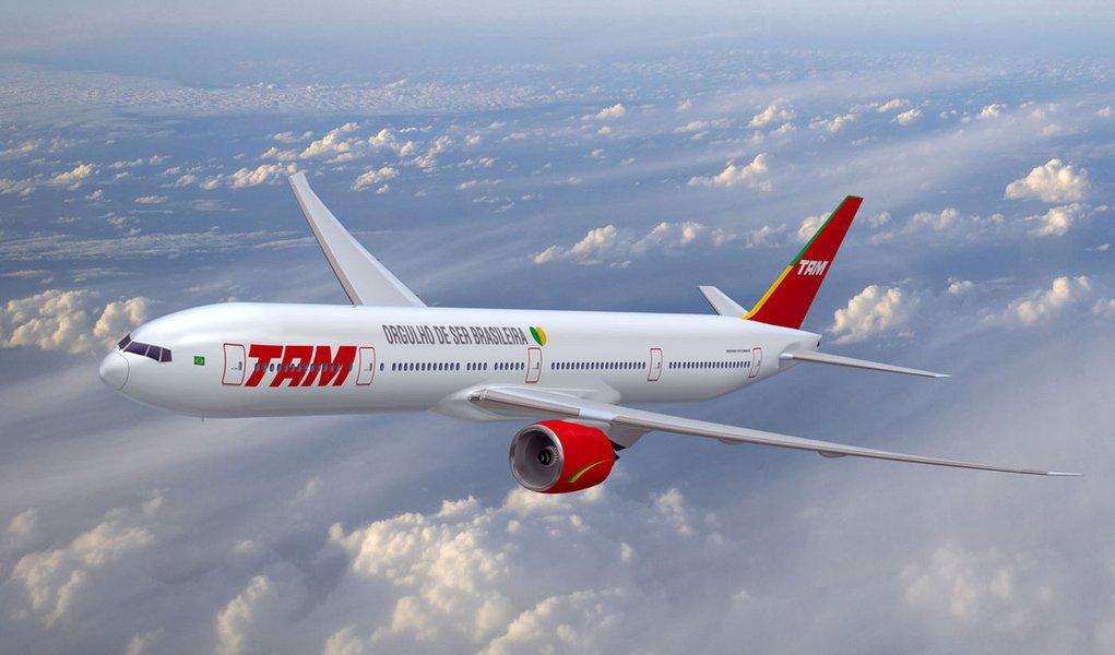 Ameaça de bomba faz TAM cancelar voo do PR para SP