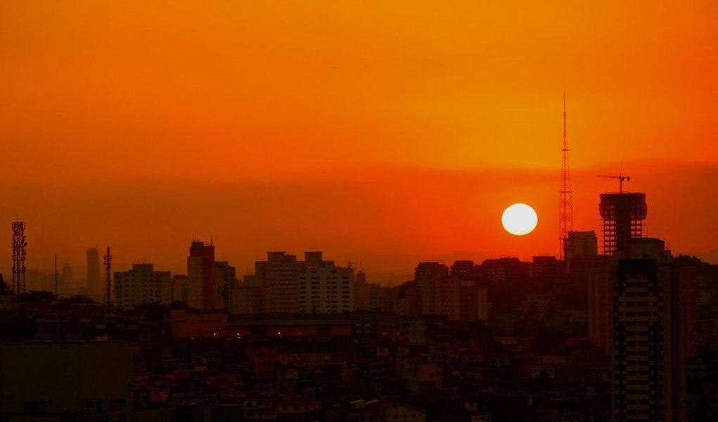 Economia com horário de verão pode chegar a R$ 100 milhões