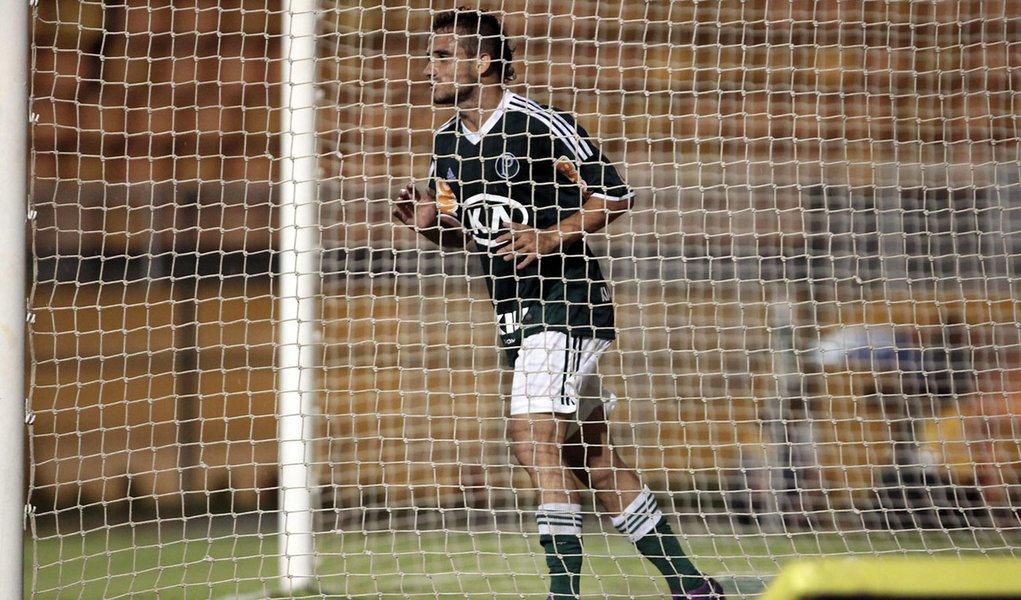 Palmeiras decepciona e só empata em Oeste em casa