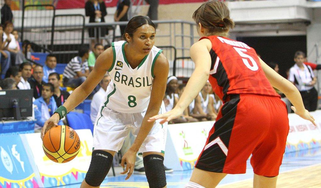 Iziane deve abrir mão de Londres para jogar na WNBA