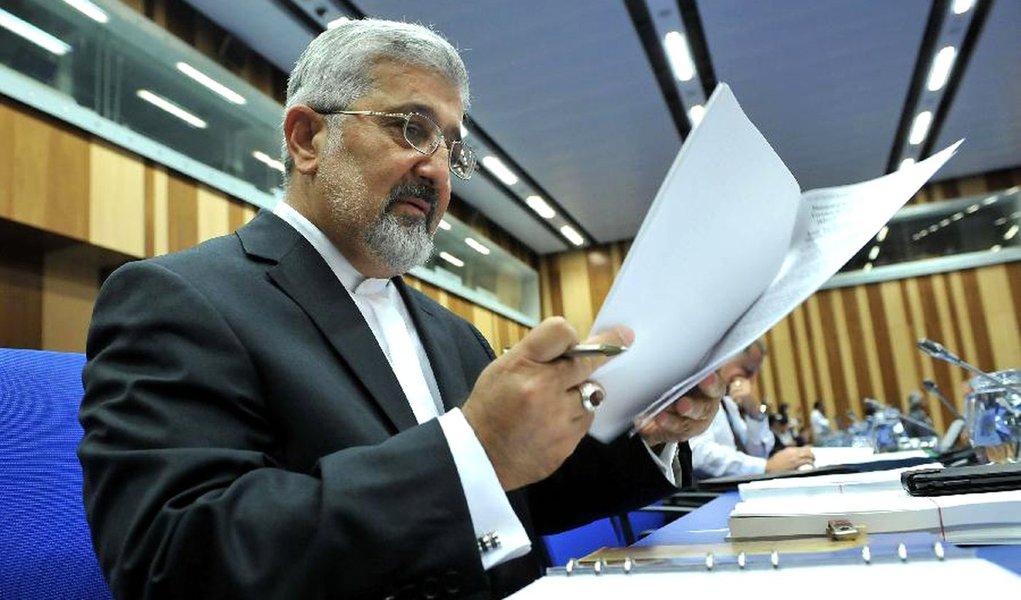 Irã diz que jamais abandonará programa nuclear