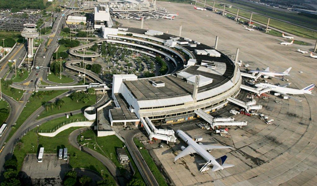 Aeroporto internacional do Rio vai investir em serviços para a Copa