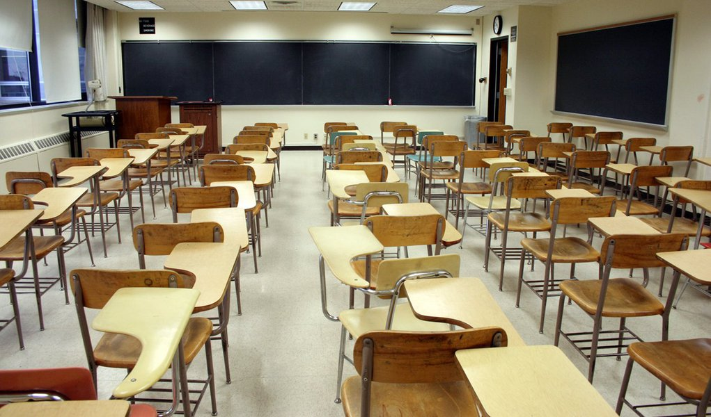 Sindicato dos professores cobrará pagamento do piso na Justiça