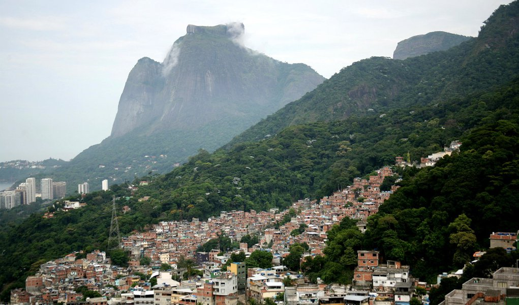 Espaço aéreo será fechado no domingo na Rocinha