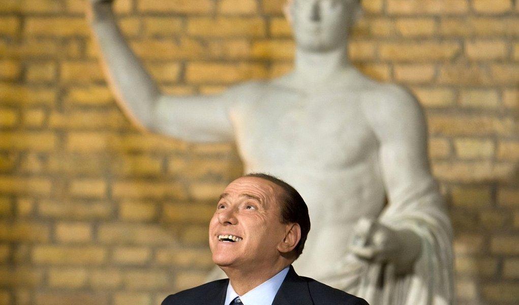 Senado italiano aprova orçamento para 2012