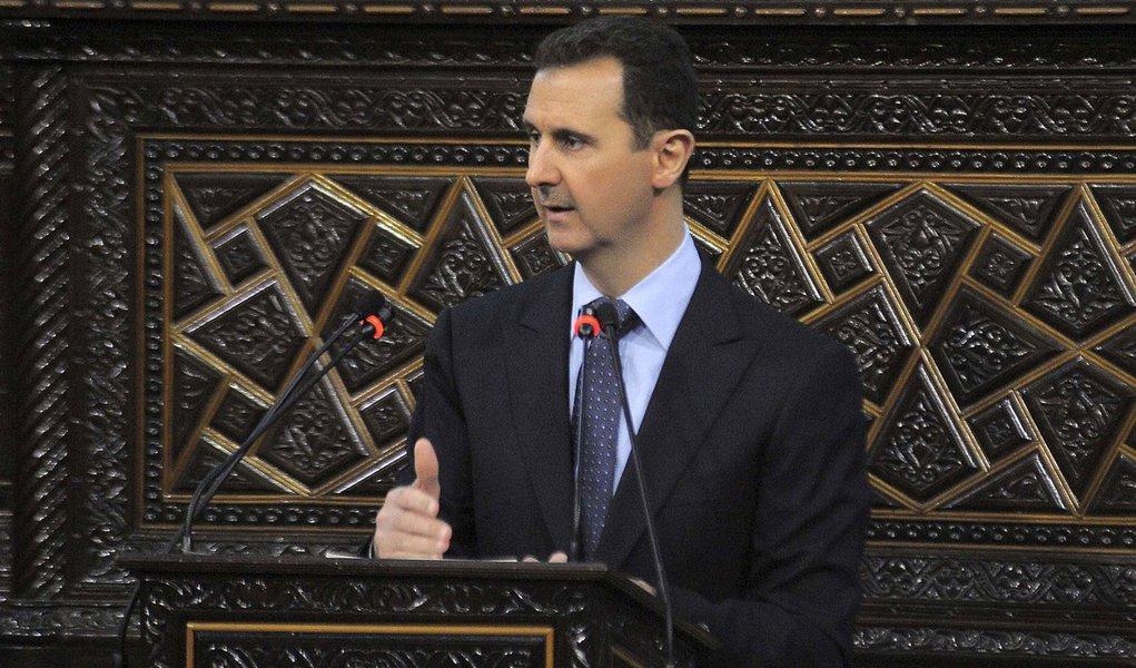 Síria nega participação de forças do governo em massacre em Houla