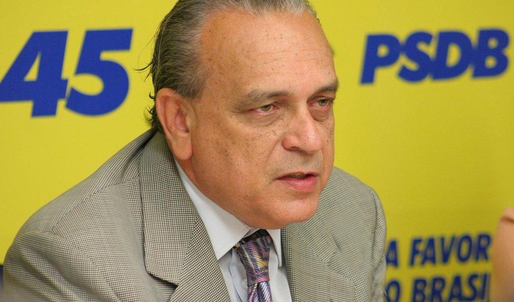 Presidente do PSDB aposta em Serra como candidato