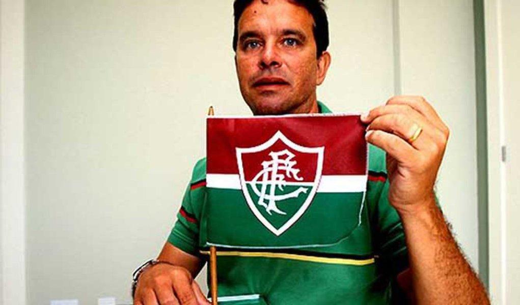 Ídolo do Fluminense, Ézio morre no Rio