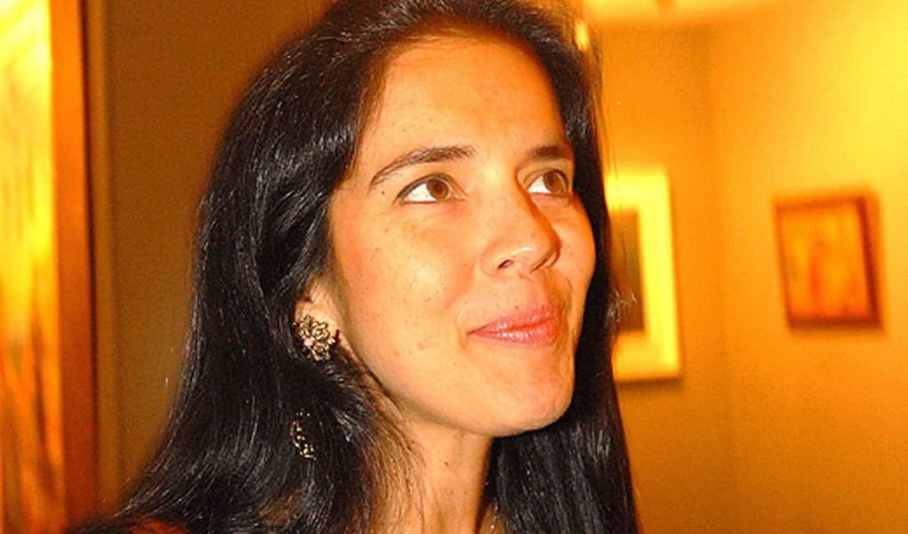 Verônica Serra prepara contra-ataque a Amaury