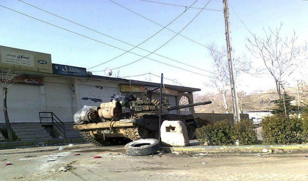 Forças da Síria matam 14 em Hama, dizem ativistas