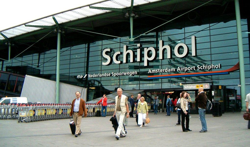 Aeroporto holandês reabre após ameaça de bomba