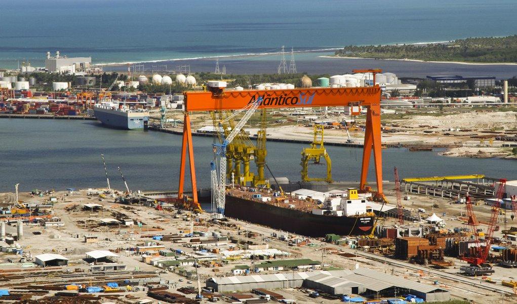 Estaleiro Atlântico Sul pode lucrar com licitação da Petrobras