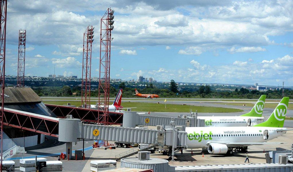 Setor aéreo mundial critica privatização
