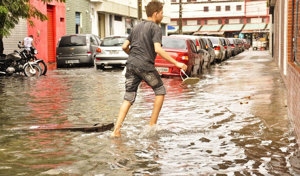 Prefeitura do Recife investirá R$ 133 milhões na Operação Inverno 2012