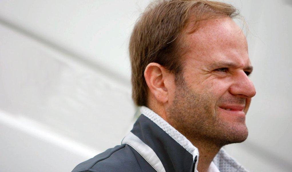 Rubinho promete rápida decisão sobre ida para Indy