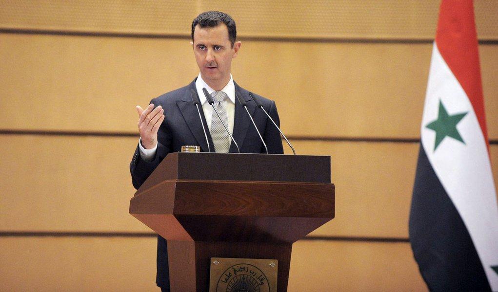Ditador sírio tem costas quentes