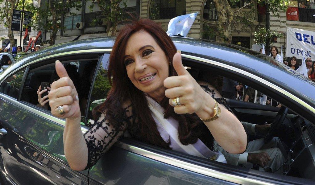 Boletim médico diz que Cristina Kirchner está bem