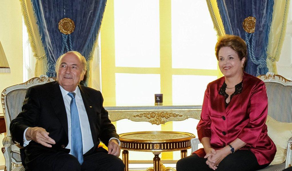 Em plena Olimpíada, Blatter cobra Dilma