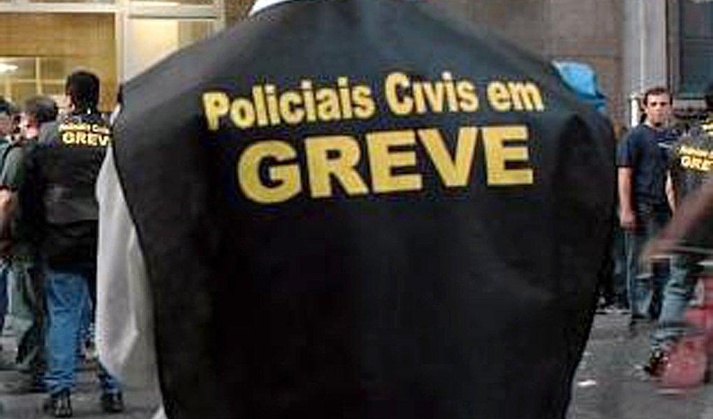 Polícia civil ignora Justiça e radicaliza greve