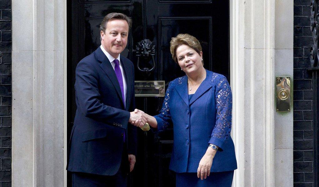 Dilma quer vagas para estudantes brasileiros em Londres