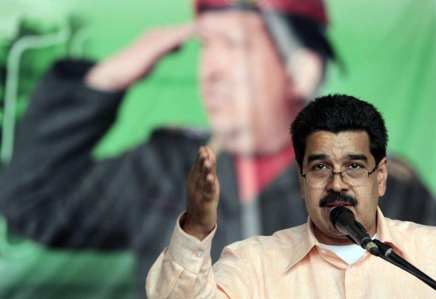 Venezuela e Nicarágua oferecem asilo a Snowden