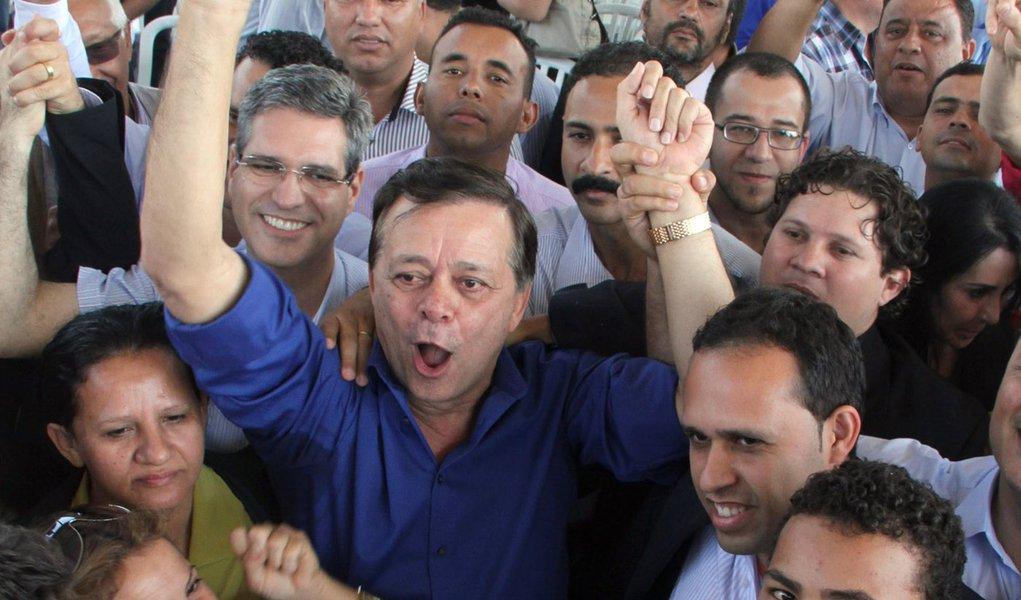 Jovair abre a campanha com críticas a PMDB e PT