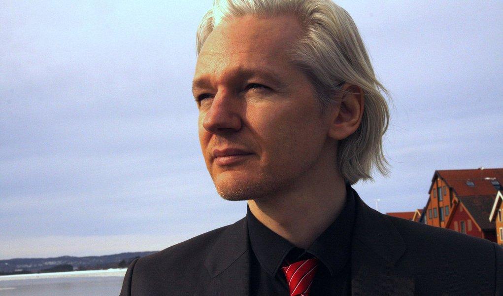 Justiça exige que Visa e Master aceitem doações ao Wikileaks