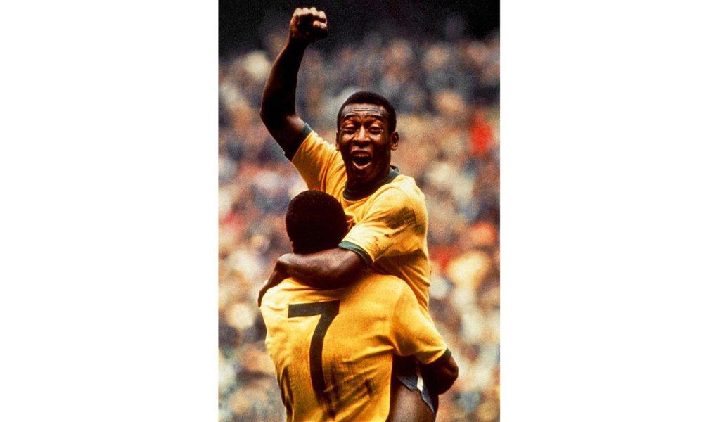 Há 41 anos sem jogar, Pelé mantém 4º lugar em ranking de artilheiros