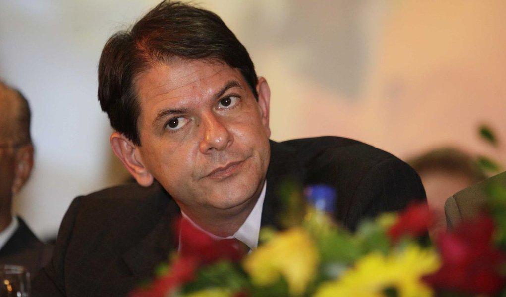 Para PSB, Cid deveria evitar discussões pelos jornais