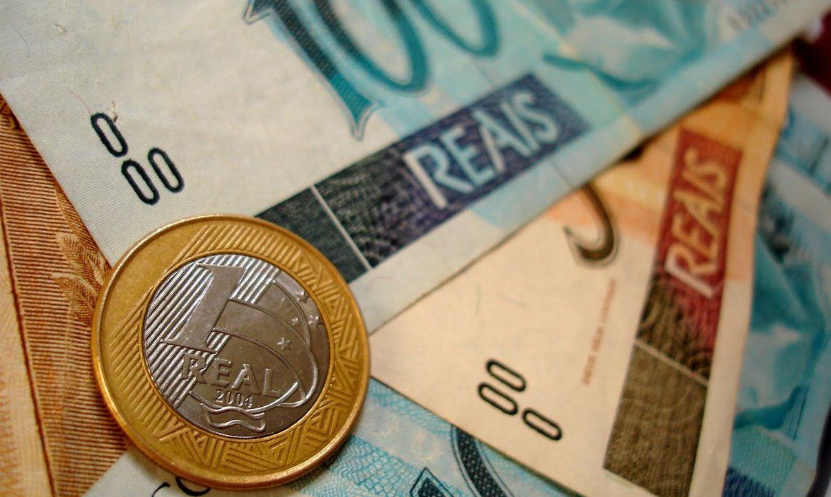 Salvador: média salarial já caiu 10% em 2013