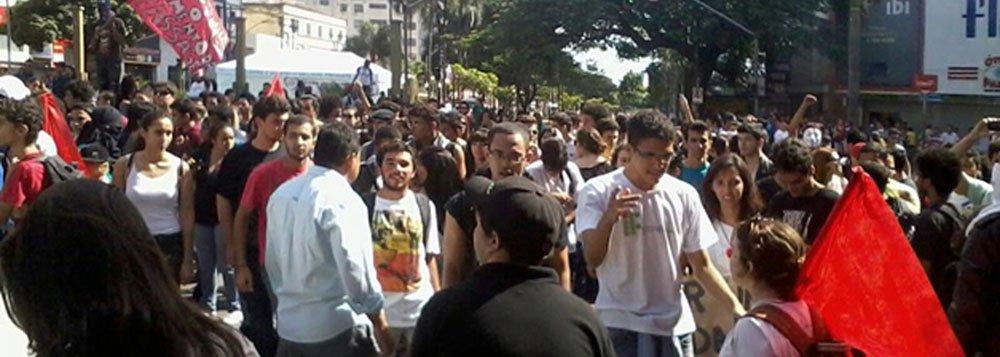 Grupo antecipa protesto contra aumento no ônibus