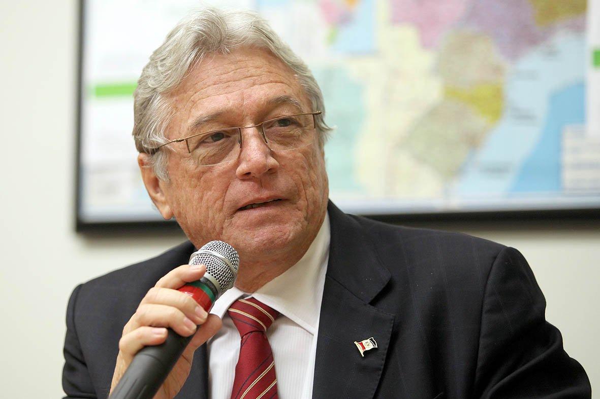 Vilela assina manifesto contra a reforma do ICMS