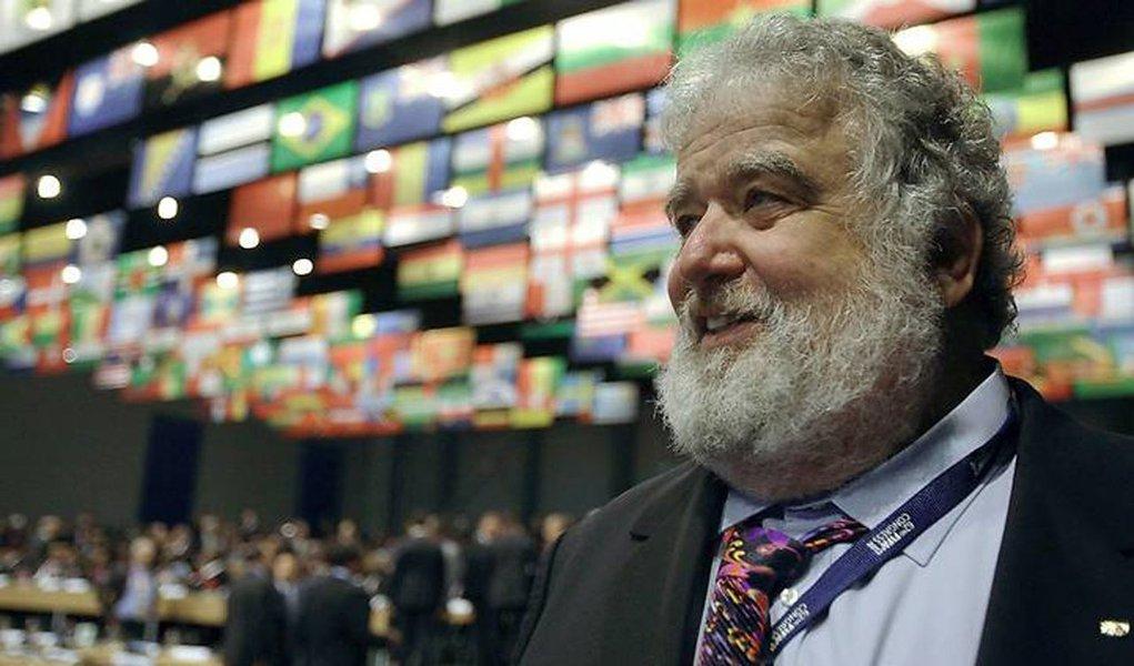 Chuck Blazer é suspenso do comitê executivo da Fifa