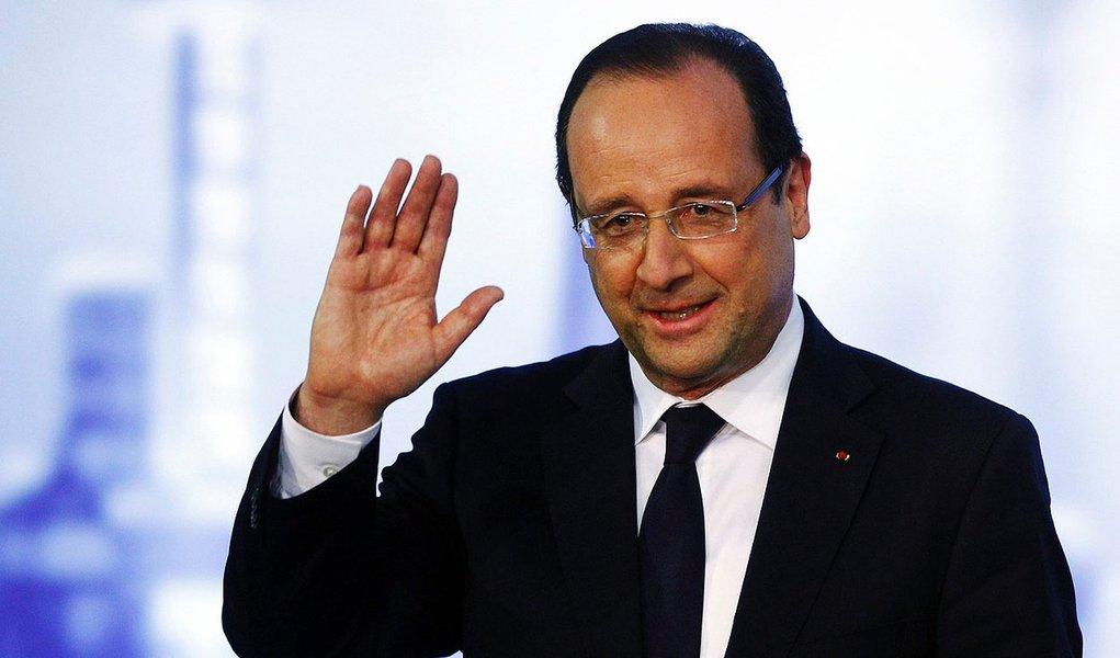 """França declara fim do """"dogma da austeridade"""""""