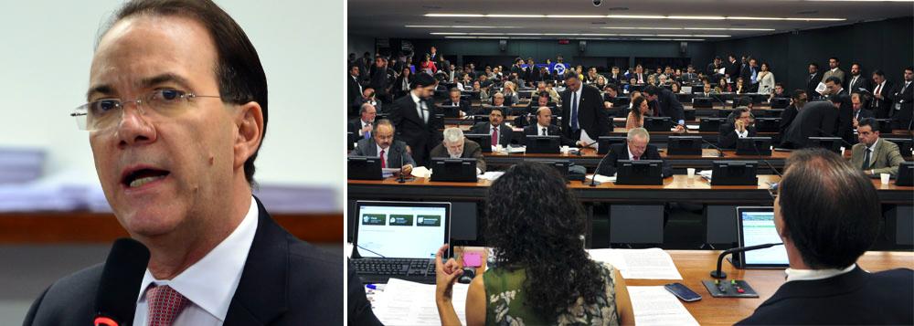 "Presidente da CCJ planeja ""desagravo"" pela PEC 33"