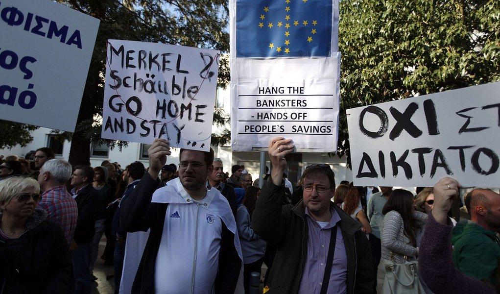 UE vê recessão mais profunda na região em 2013