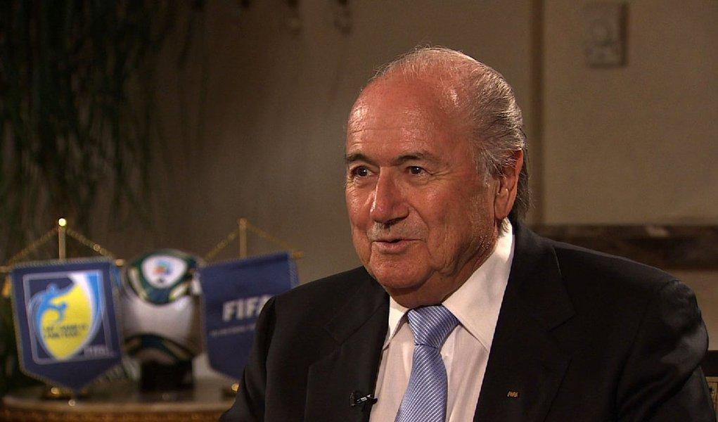 Com Teixeira fora, Blatter chega sexta-feira para ver Dilma